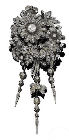 A late 19th century diamond flower brooch