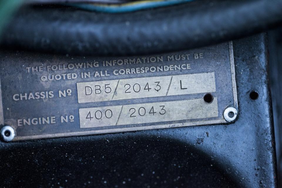 Livrée neuve avec le volant à gauche,1965 Aston Martin DB5