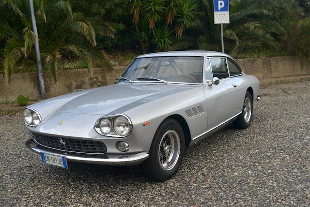1965 Ferrari 330 GT 2+2 1e série