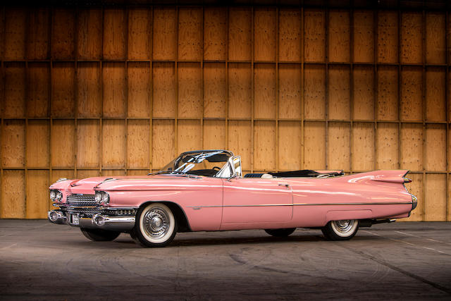 Vedette du film 'The Pink Cadillac',1959 Cadillac Series 62 cabriolet