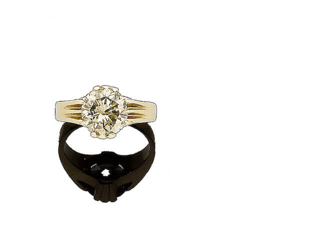A coloured diamond single-stone ring