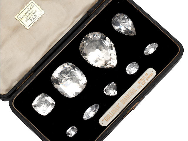 A collection of 'Cullinan' diamond replicas (9)
