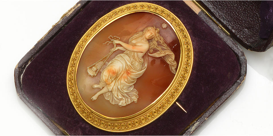 A 19th century shell cameo brooch