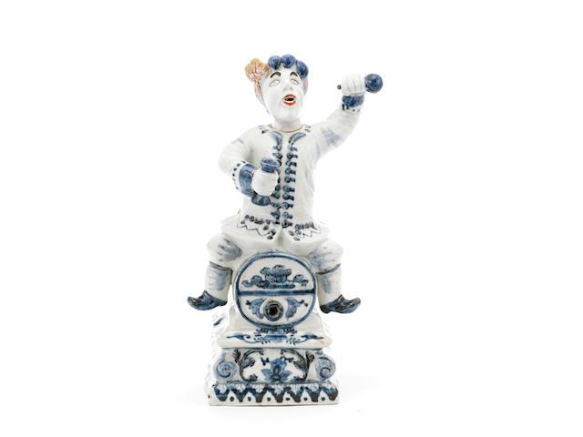 A rare Imari blue and white porcelain spirit keg Early 18th century (2)