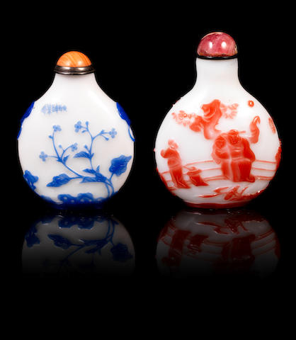 Two overlay snuff bottles Probably Yangzhou school, 1850-1900