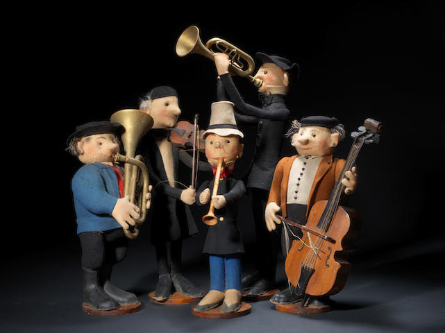 A rare set of five felt Steiff Musicians, 1912-1915 5
