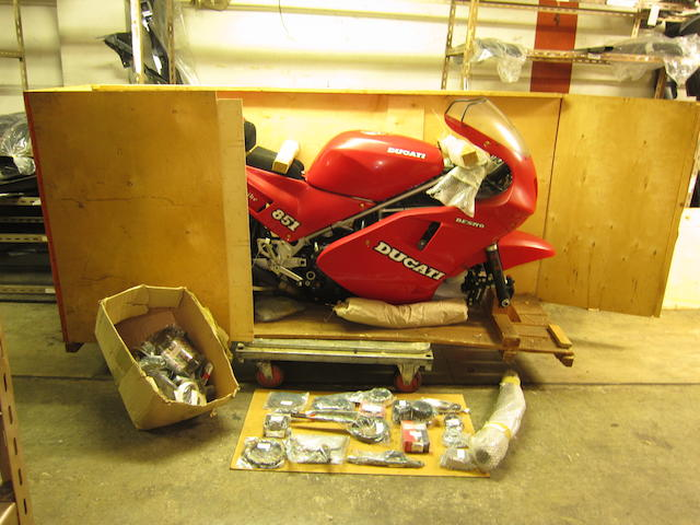 Still in original crate, 'as new' condition, 1989 Ducati 888cc Lucchinelli Replica Racing Motorcycle Frame no. ZDM851S 850126