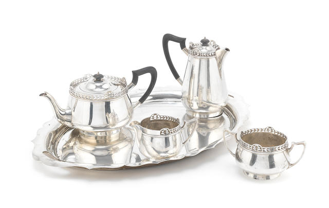 A modern silver five-piece tea and coffee service including tray by Walker & Hall, Sheffield 1916  (5)