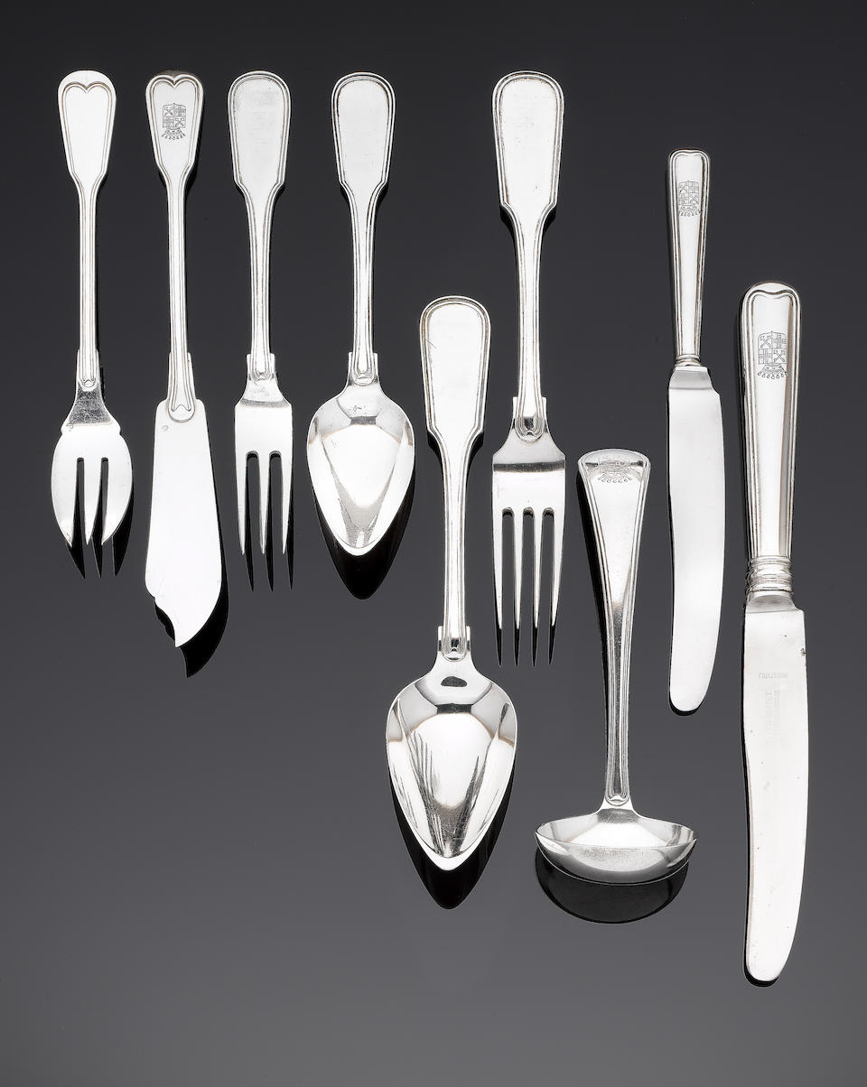A late 19th / early 20th century Dutch silver table service of flatware and cutlery by Kempen & Zonen, 2nd standard mark, Hague town mark, 1876 - 1906