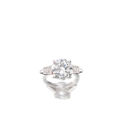 A diamond single-stone ring,  monture Cartier