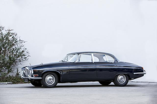 Bonhams : 1969 Jaguar 420G Saloon Chassis no. G1D57367BW Engine no. 7L42855-S