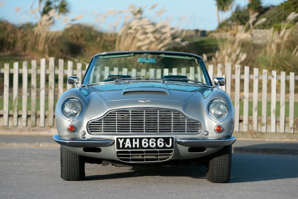 One owner since 1971, one of only 21 examples,1970 Aston Martin DB6 Mk2 Volante   Chassis no. DB6MK2/VC/3783/R Engine no. 400/4682