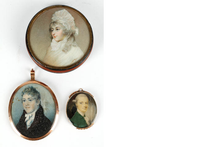 English School, Late 18th and 19th centuries Two portrait miniatures portraying gentlemen (Irish School, circa 1760 and English School, circa 1800 respectively); together with a further circular miniature portraying a lady circa 1780 (English School, 19th century)