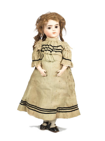 Rare Bru Jne R mechanical walking Bebe, size 11, circa 1880