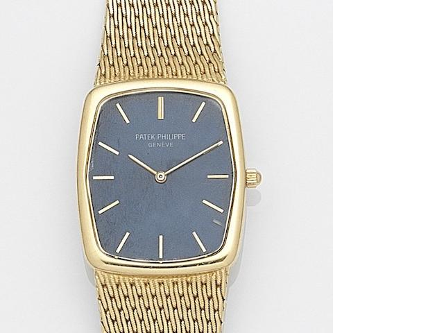 Patek Philippe. An 18ct gold quartz bracelet watch  Gondolo, Ref:3856/1, Case No.2779428, Movement No.1502474, Circa 1980