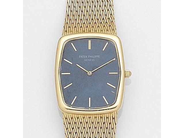 Patek Philippe. An 18ct gold quartz bracelet watch  Gondolo, Ref:3856/1, Case No.2779428, Movement No.1502474, Circa 1980