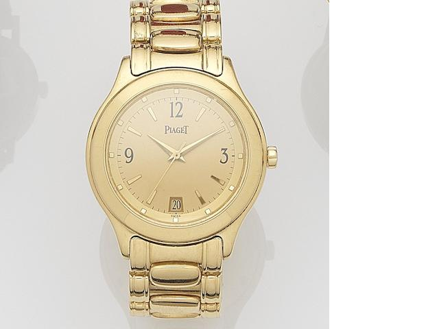 Piaget. An 18ct gold automatic calendar bracelet watch Ref:26001, Case No.M201D 806595, Movement No.9601001, Sold 11th May 2006