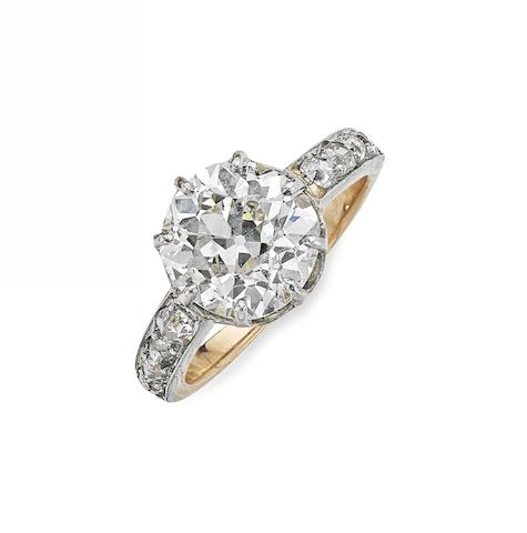 A late Victorian diamond single-stone ring