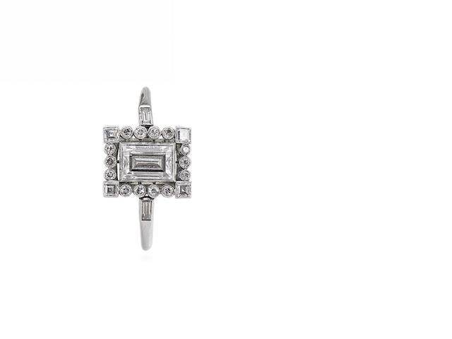 An Art Deco diamond ring