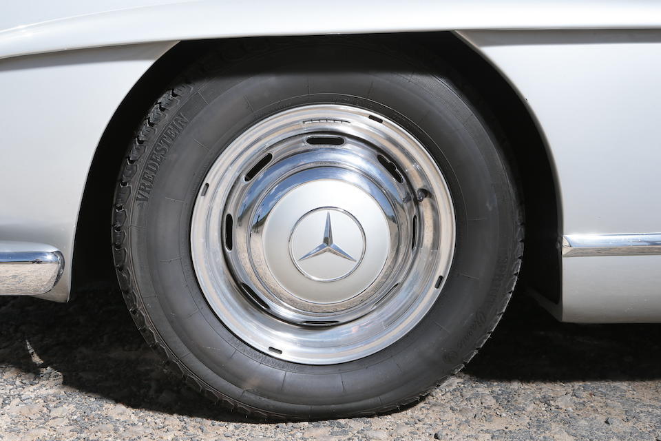 30.000kms from new,1958 Mercedes-Benz 300SL Roadster Chassis no. 198.042-8500212 Engine no. 198.042-8500219
