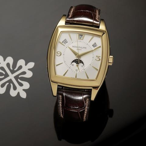 Patek Philippe. A fine 18ct gold automatic centre seconds wristwatch with annual calendar, moon phase and 24-hour indication Gondolo, Ref:5135J, Case No.4434028, Movement No.3651345, Sold 1st July 2008