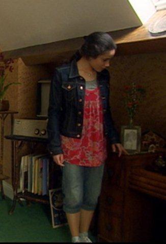 The Sarah Jane Adventures, Series 1, Episode 5 'Warriors of Kudlak': Yasmin Page as Maria Jackson, a costume, 2007, 5