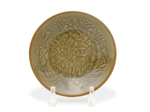 A Chinese yaozhou celadon-glazed incised plate Northern Song Dynasty