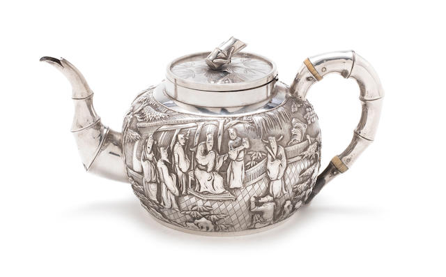 A late 19th / early 20th century Chinese Export silver teapot makers mark 'HM', Shanghai 1880-1900