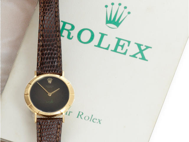 Rolex: A lady's wristwatch