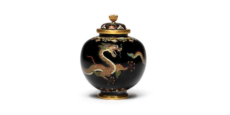 A cloisonné enamel jar and cover  By Namikawa Yasuyuki (1845-1927), circa 1890 (2)