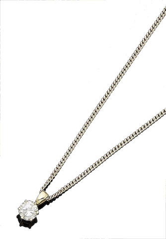 A diamond single-stone pendant necklace (2)