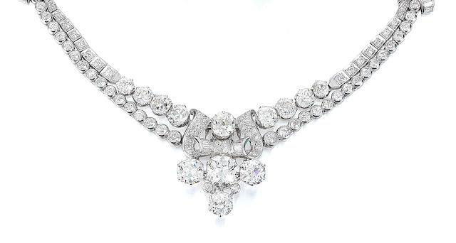 A diamond collar necklace,