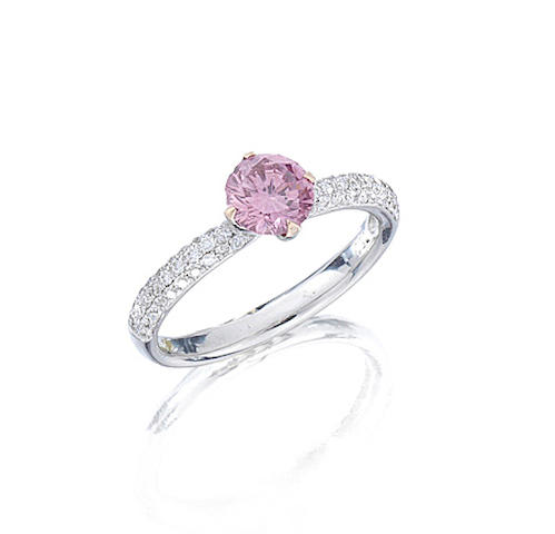 A fancy-coloured diamond single-stone ring