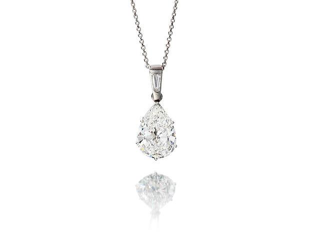 A diamond pendant/necklace