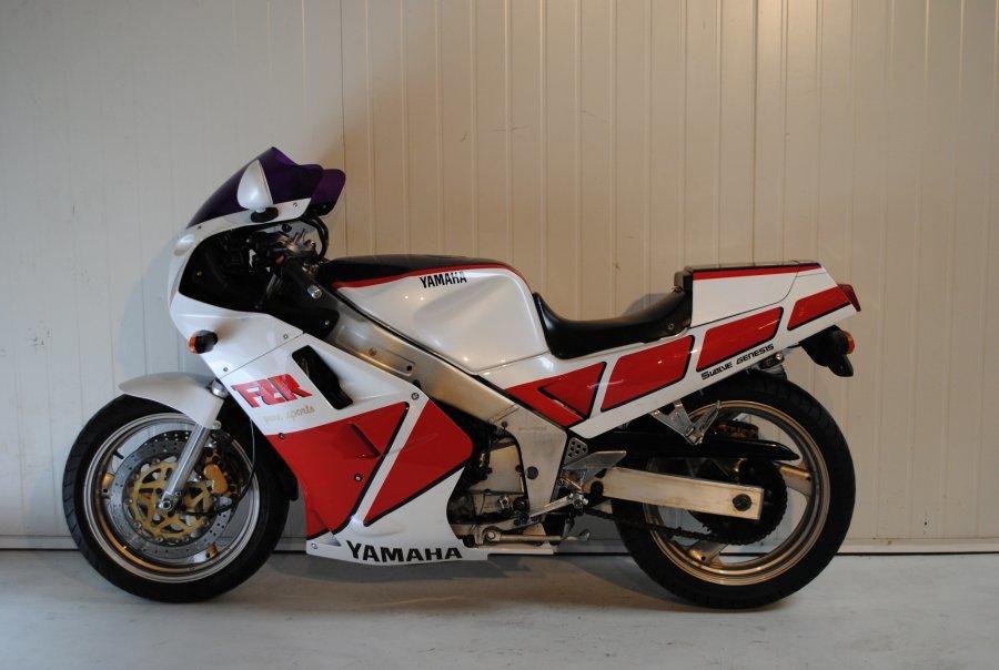 1987 Yamaha FZR1000 Genesis Frame no. 2GH-001950 Engine no. 3GN-0106783