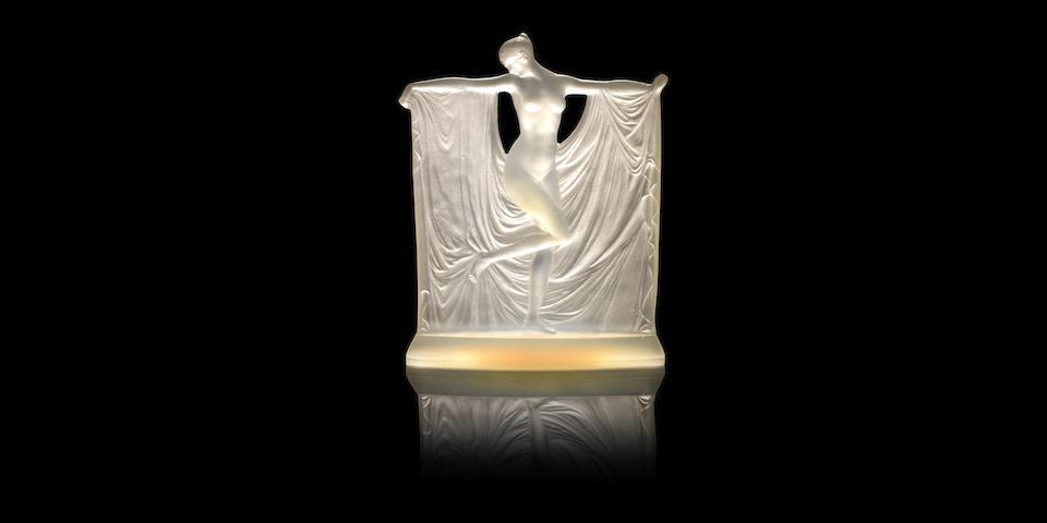 René Lalique (French, 1860-1945) 'Suzanne' a Statuette, design 1925