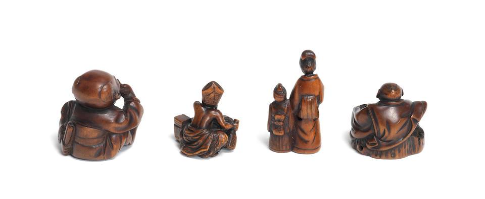 Four wood figure netsuke 19th century (4)