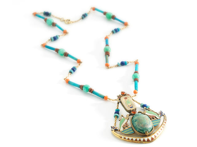An Egyptian revival pendant necklace,