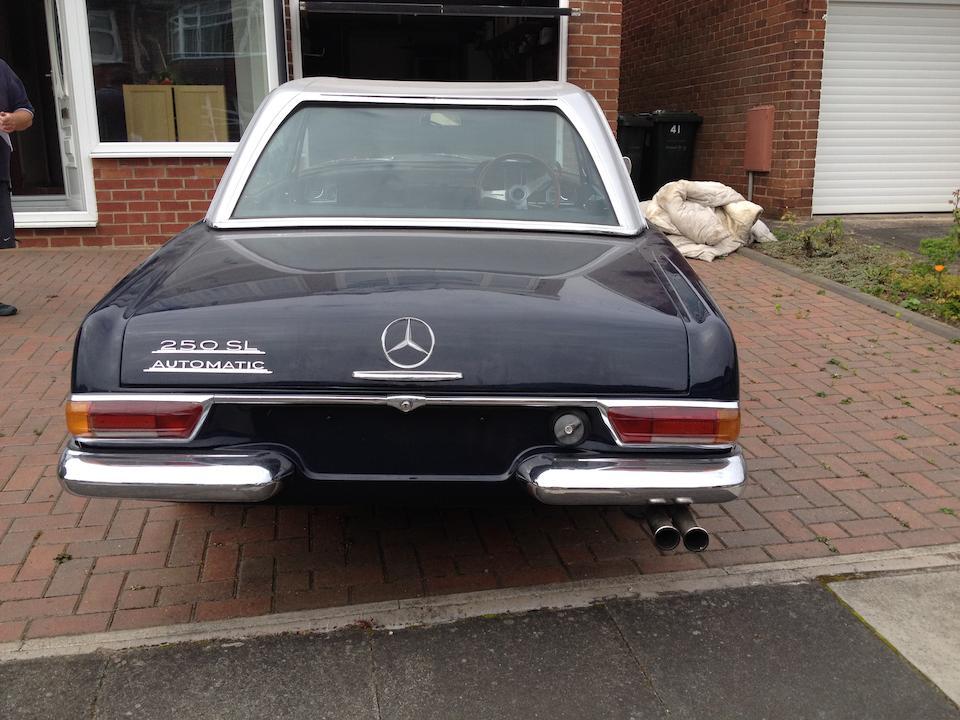 1967 Mercedes-Benz 250SL California Coupé  Chassis no. 11304322002043 Engine no. 12998222000969
