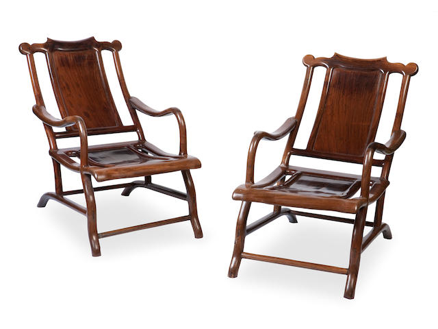 A pair of hongmu chairs for reclining, 'moongazing chairs' 19th century