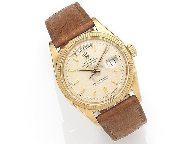 Rolex. An 18ct gold automatic calendar wristwatch  Day-Date, Ref:6611 B, Serial No.411***, Movement No.N84****, Circa 1959