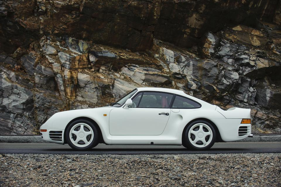 One owner, 27,255 kilometres from new,1988 Porsche 959 Komfort Coupé  Chassis no. WPOZZZ95ZJ5900210