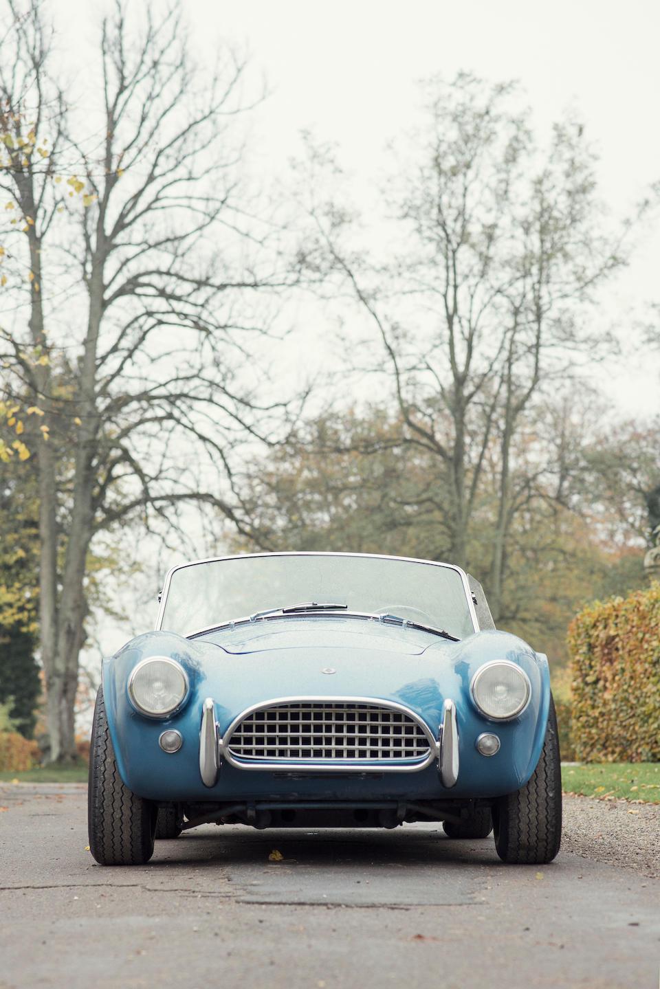 Ex-Amschel Rothschild, aux mains du même propriétaire depuis 1978,AC Cobra 289 « Mark II » roadster 1966
