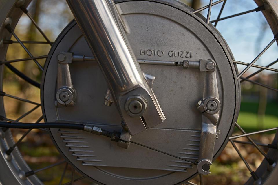 Moto Guzzi V7 Sport 749 cm3 1971 Frame no. VK11147 Engine no. VK30098