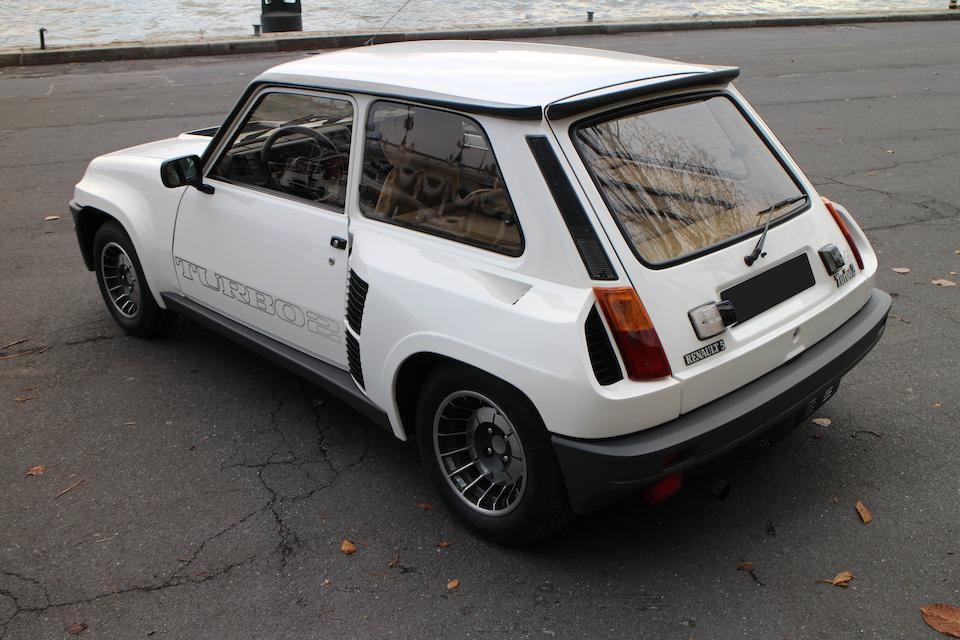 Livrée neuve en France avec seulement 17.600km au compteur,Renault 5 Turbo 2 1986