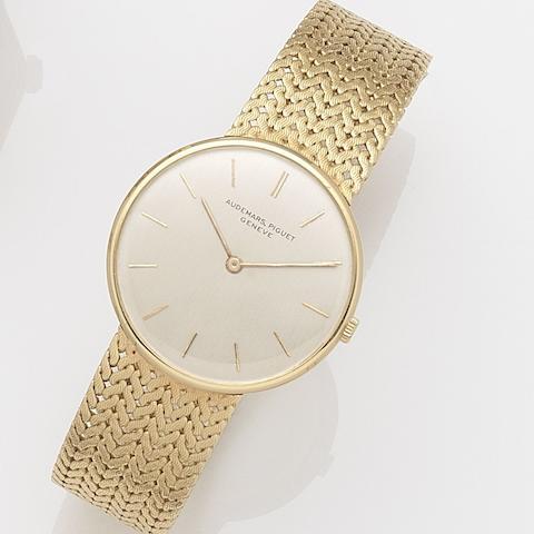 Audemars Piguet. An 18ct gold manual wind bracelet watch Case No.38005, Movement No.96834, Circa 1968