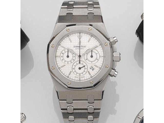 Audemars Piguet. A stainless steel automatic calendar chronograph bracelet watch Royal Oak Chronograph, Ref:25860ST/O/1110ST/05, Case No.E87531.5476, Movement No.528340, Sold 9th April 2003