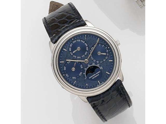 Audemars Piguet. A platinum automatic perpetual calendar wristwatch with moonphase Quantieme Perpetual, No.086, Case No.C64689, Movement No.324640, Sold 2nd June 1982