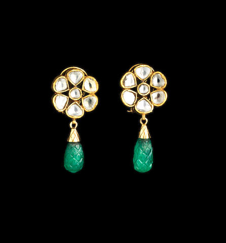 A pair of Indian diamond-set Earrings with emerald drop (2)