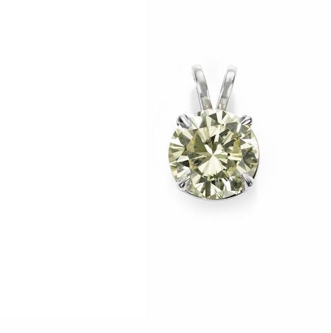 A fancy-coloured diamond pendant